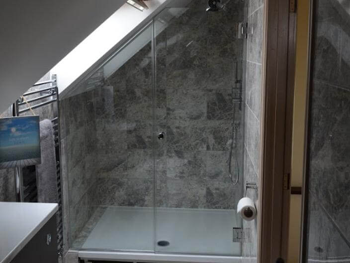 glass-shower-screen-for-domestic-glazing
