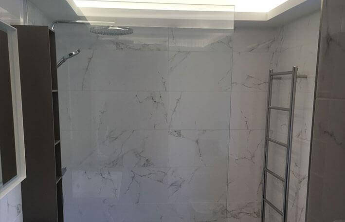 bespoke glass shower screen for walk in shower