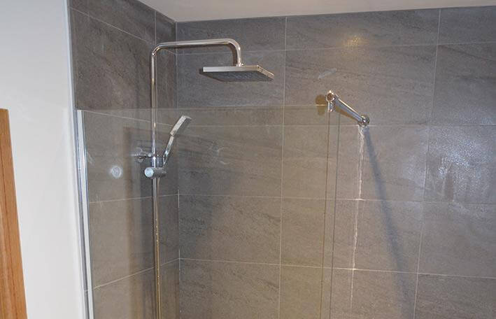 shower-screens-and-enclosures