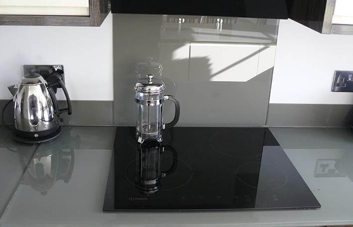 bespoke glass kitchen splashback